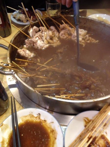 岐阜では土手煮をつつきながら熱燗をいただけ