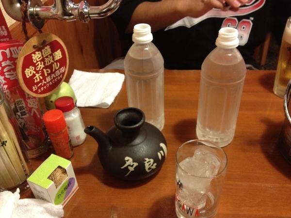 沖縄で飲むべきお酒はこの三種類だろ!